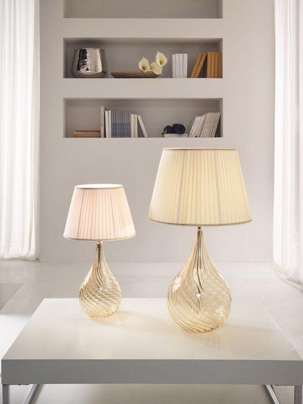 .lamp.light.blownglass.table.lamp.design.shade